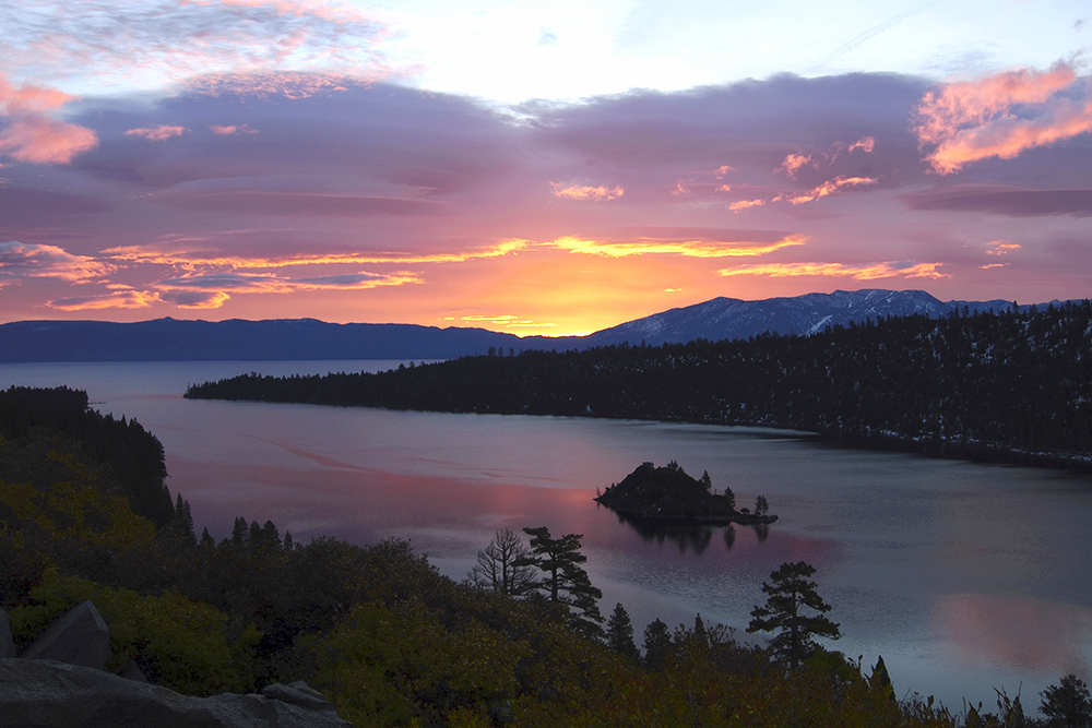 Sunset Dinner Cruises at Emerald Bay