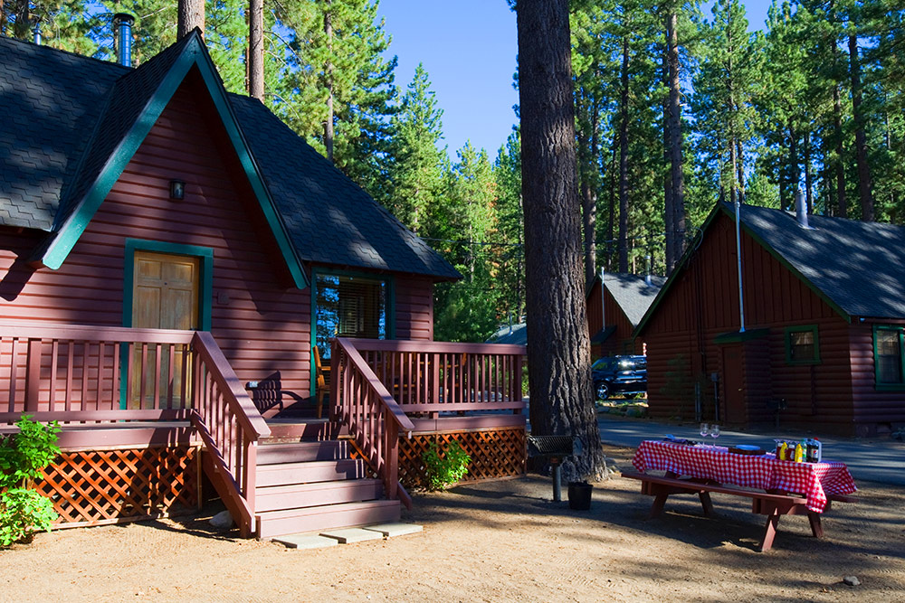 Zephyr cove lodging experience for Cheap tahoe cabin rentals